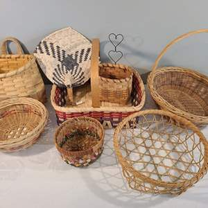 Lot # 91 - Homemade baskets GALORE!! Beautiful very nicely made
