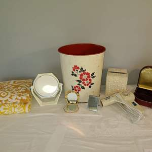 Lot # 165 - Bathroom Lot * Metal Garbage Can * Blow Dryer * 2 Vintage Towels * Small Jewelry Mirror