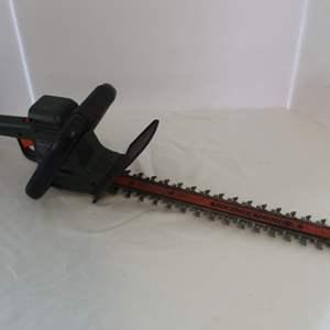 "Auction Thumbnail for: Lot #44 - Black & Decker Hedgehog 18"" Electric Trimmer"