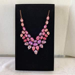 Lot #110- Susan Summers Pink Bib Necklace, New in Box. HSN