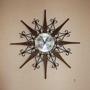 Lot #8 - Vintage Mid Century Welby Starburst Clock, Battery Operated