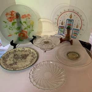 Lot #81 - Glass Serving Plate Selection
