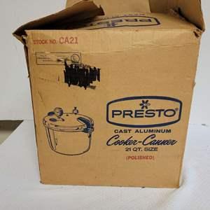 Lot #63 - Presto 21 Qt. Cast Aluminum Pressure Cooker/Canner