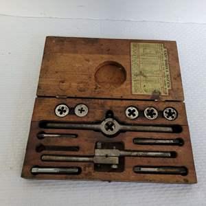 Lot #67 - Vintage Tap Dye Set in Wood Box