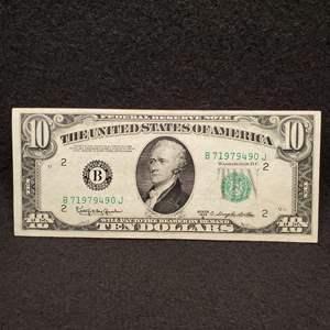 Lot 18 - 1950 D UNC Ten Dollar Federal Reserve Note, Green Seal