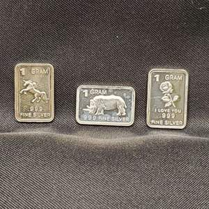 Lot 28 - Three One Troy Gram Bars .999 Fine Silver Unicorn, Rhino, I Love You Flower