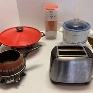 Lot #59 - Small Appliances: Toaster, Electric Fondue, Crock Pot, Iced Tea Maker, and Wok