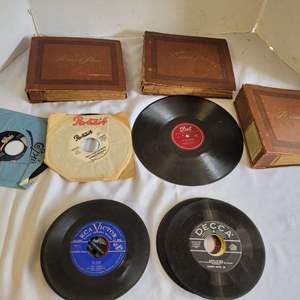 Lot #96 - Vintage 45 Sets and Singles: Beatles, Bobby Vinton, Teresa Brewer and More