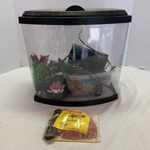 Lot #98 - Small Aquarium and New Reptile Rocker Heater