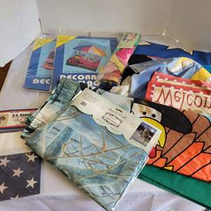 Lot #100 - About 20 Outdoor Decorative Garden Flags