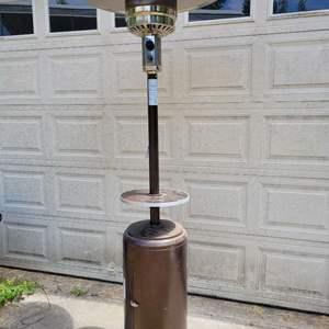 Lot #140 - Garden Treasures 41,000 BTU Hammered Gold Steel Gas Patio Heater