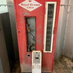 Lot #148 - Vintage Nehi Beverages Royal Crown Cola Soda Machine