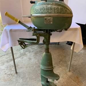 Lot #168 - Vintage Johnson Sea Horse 5 Outboard Boat Motor