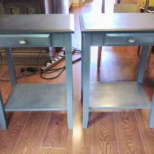 Lot #37-L -  Very Nice Pair of Matching 1 drawer Side End Tables 18x14x24 Tall