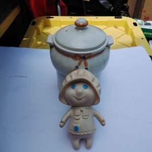 Lot #74-L - 1972 Pillsbury Dough Girl and Porcelier