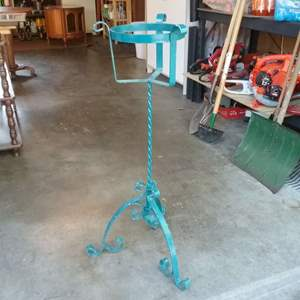 Lot #107-KL:  Wrought Iron One Pot Plant Stand