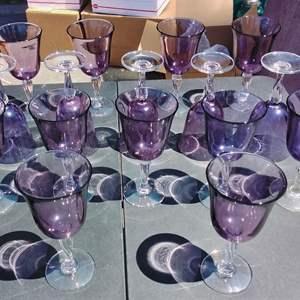 Lot #138-D:  16 Vintage Amethyst Drinkware Glasses