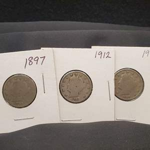 "Lot 27 - Three Liberty Head ""V"" Nickels 1897, 1910, 1912"