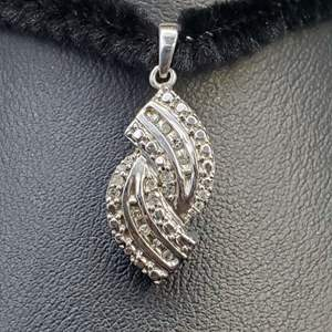 Lot 72 - Stamped 925 Pendant,