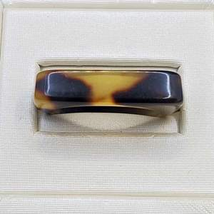 Lot 83 - Vintage Size 8 Carved Ring, possible Tortoise Shell