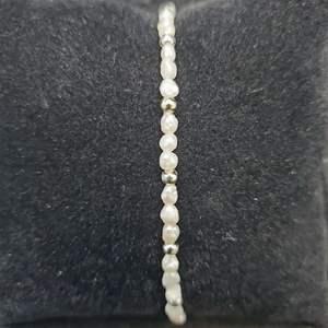 """Lot 85 - Pearl Bracelet 7 1/2"""""""