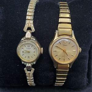Lot 97 -Vintage Set of Ladies Watches MAGNA 17 jewels mechanical and Timex Quartz