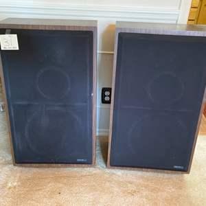Lot # 31- Vintage Reference 312L Speakers, Tapered Design, Set of 2, Rare.