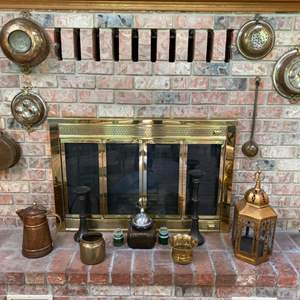 Lot # 53- Antique Brass Farmhouse Pots & Pans Decor from Holland, Hammered Kettle, Ladle, (Fireplace Doors NOT Included).