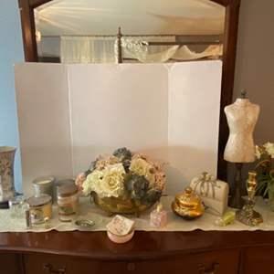Lot # 175- Home Décor: Beautiful Vase from China, Candles, Keepsake Box, Floral Arrangements, Mini Dress Form, etc.
