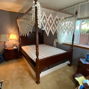 """Lot # 178- Queen Size Bed with 12"""" Mattress, Broyhill Frame, and Lace Canopy."""