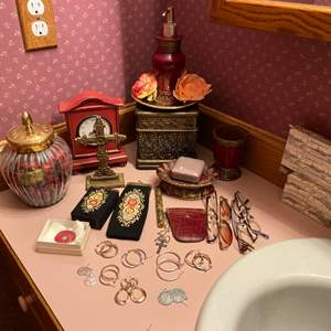Lot # 188- Assortment of Pierced Earrings, Vintage Brooch, Tapestry Cigarette & Glasses Case, Coin Purse, Bathroom Décor.