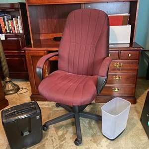 Lot # 283- Adjustable Office Chair, Paper Shredder, Trash Can.