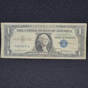 Lot 26 - 1957 One Dollar US Silver Certificate STAR Note, Blue Seal