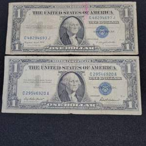 Lot 27 - Two Bills: 1935G and 1957 One Dollar Silver Certificate Currency Notes, Blue Seals