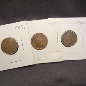 Lot 43 - Three Indian Head Cents 1902, 1905, 1906