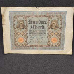 Lot 62 - Vintage German 100 Mark Reichsbanknote