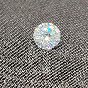 Lot 85 - Cubic Zirconian Round Brilliant Cut 1.83ct stone for jewelry making, size of a one carat diamond