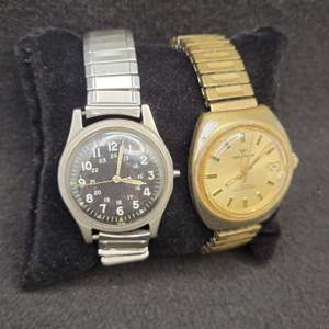 Lot 88 - Vintage Gents Watches WALTHAM and unresearched
