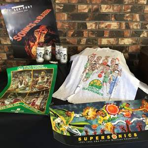 Lot #127 - Awesome Vintage Seattle Sonic Items: Four Glasses, T-Shirt, Posters & Lighter