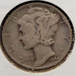 """Lot 26 - 1944 SILVER Winged Liberty """"Mercury"""" One Dime"""