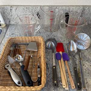 Lot # 12 - Kitchen Utensils and Pyrex Glass Measuring