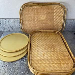 Lot # 18 - 6 Wonderful Trays & 3 Plastic Lazy Susans