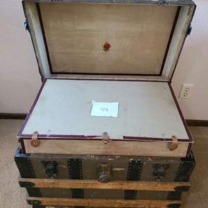 Lot # 44 - Small Nostalgic Antique Wooden Steamer Trunk complete with Insert * Home Decor * Furniture