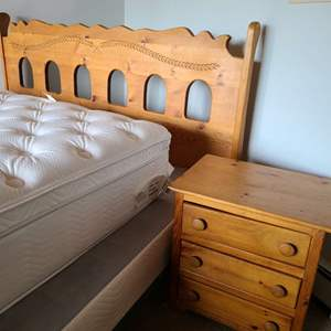 Lot # 64 - King Pine Bed and Nightstand * Matches with Lot #63 * Quality Made * Tongue & Groove Drawer Construction * Furniture