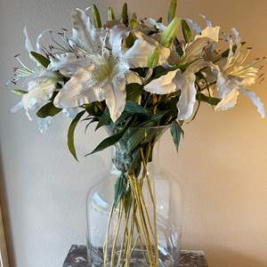 Lot # 74 - Large Clear Glass Vase with Beautiful Lily artificial Arrangement