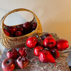 Lot # 75 - Who wouldn't Love a Beautiful Basket with Artificial Apples? * Many different sizes and varieties