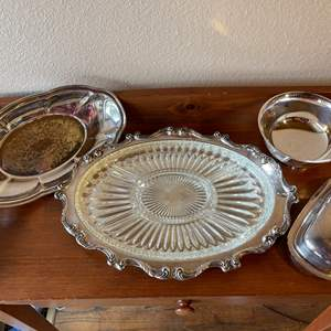 Lot # 83 - Silverplate and Glass Serving Pieces