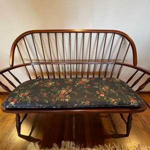 Lot # 103 - Antique Wood Bench * Gorgeous * Great Condition * Furniture