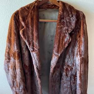 Lot # 144 - Women's Mink Coat * Size M-L