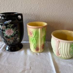 Lot # 171 - Nice Vintage Pottery Selection